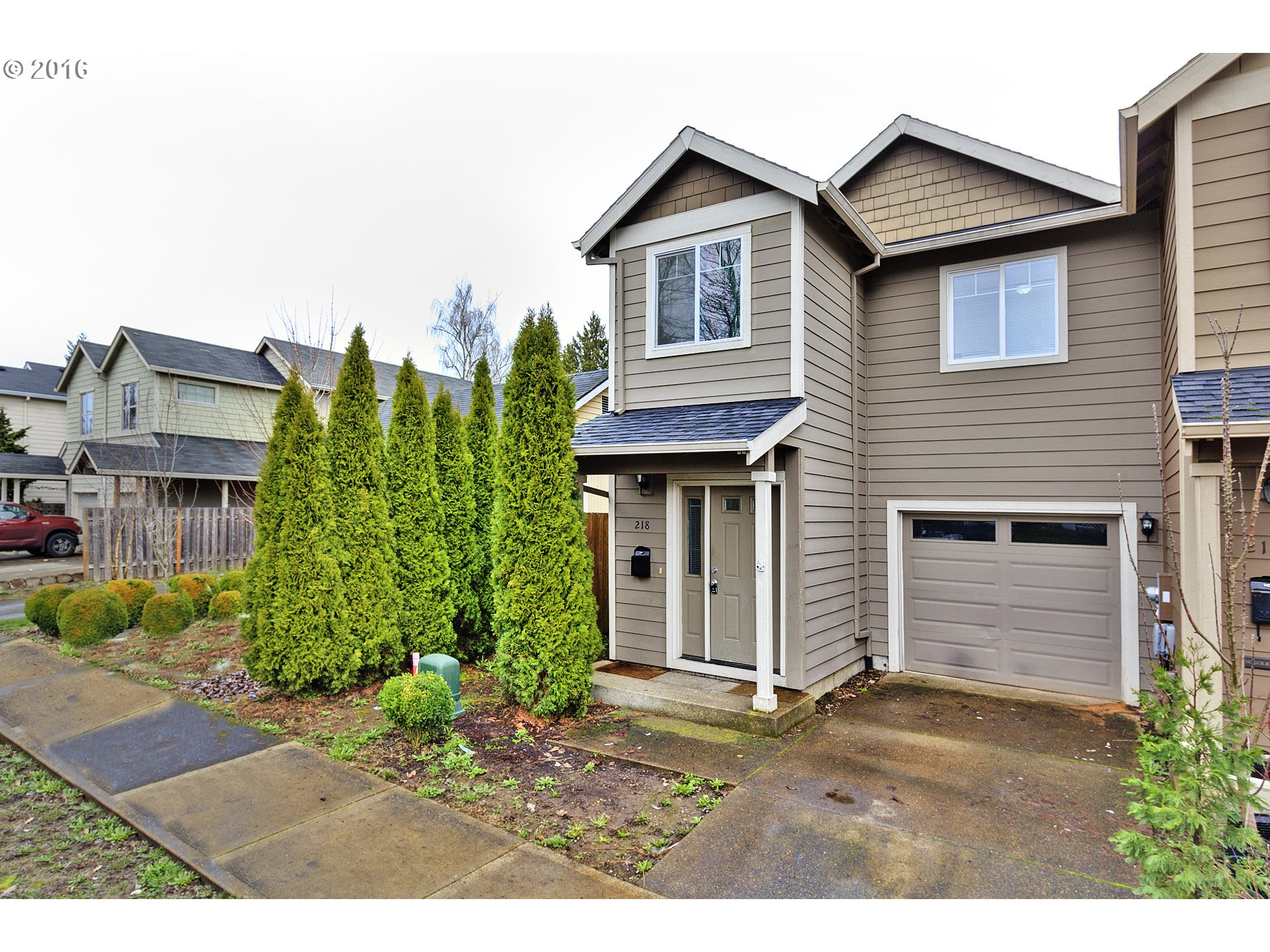 218 NW Connell Ave, Hillsboro, OR