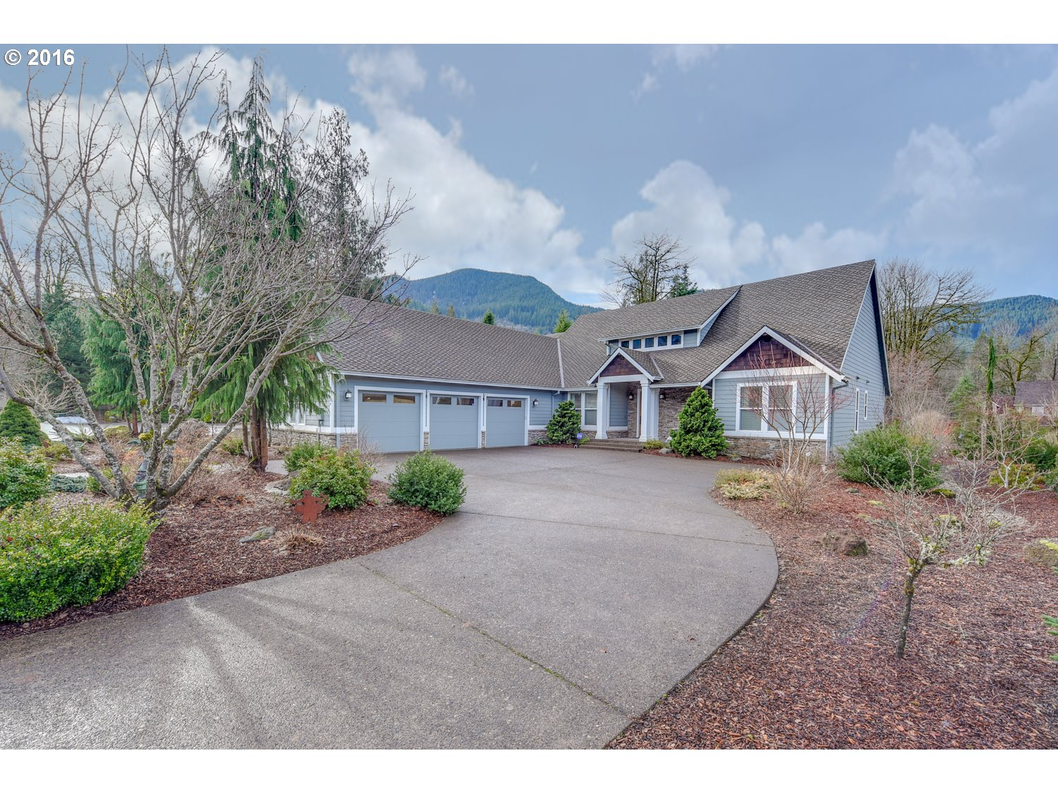 67460 E Jennie Welch Ct, Welches, OR