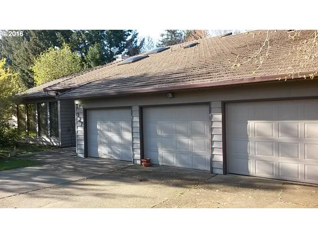 327 NW 25th St, Mcminnville, OR
