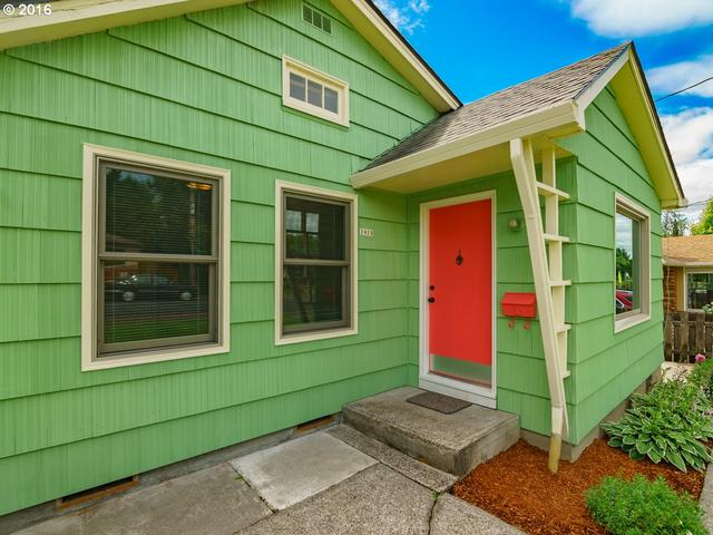3926 SE Henderson St, Portland OR 97202