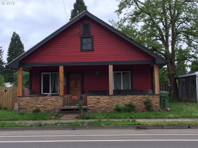953 W Main St, Cottage Grove, OR