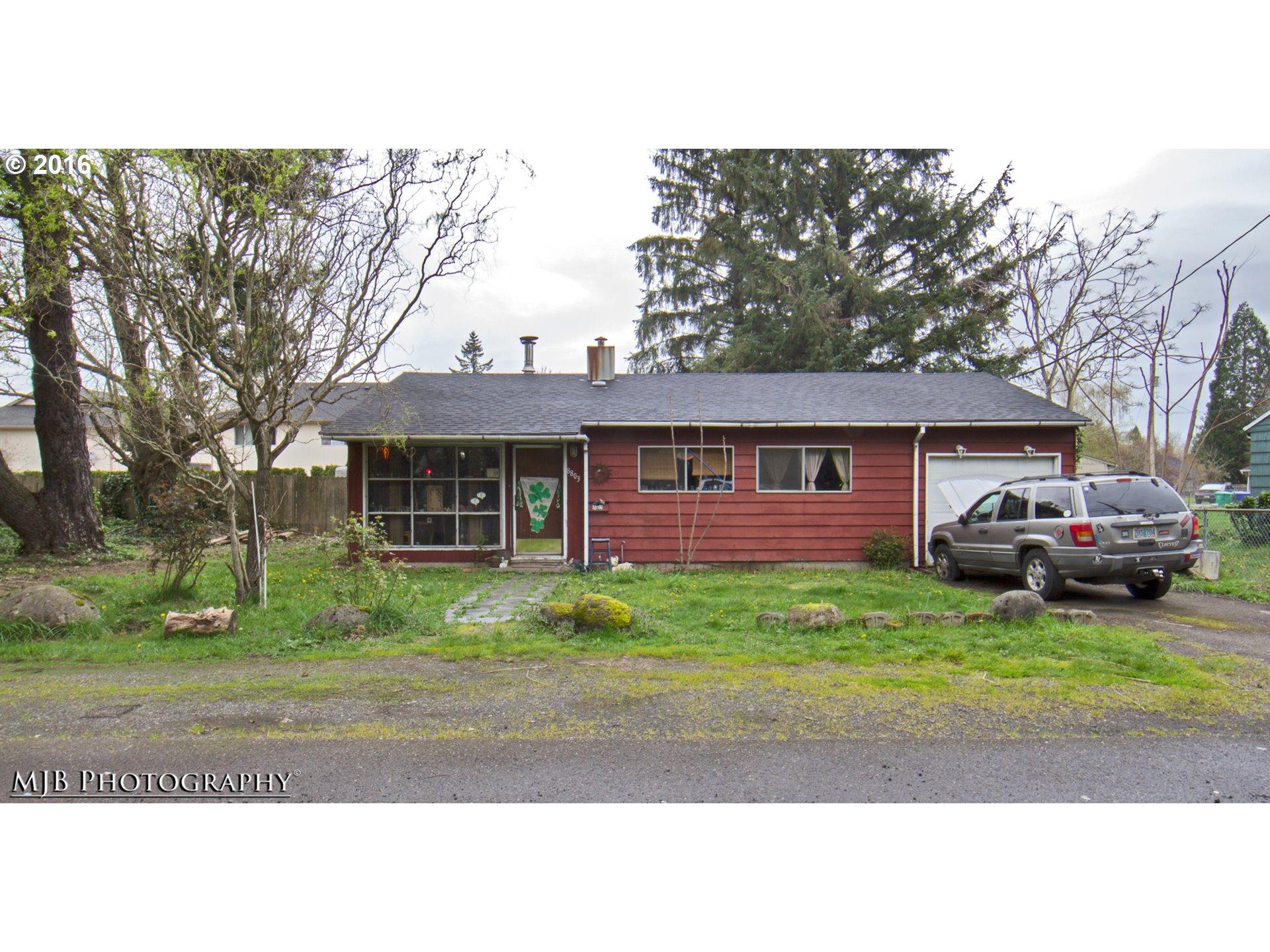 8803 SE Rhone St, Portland, OR