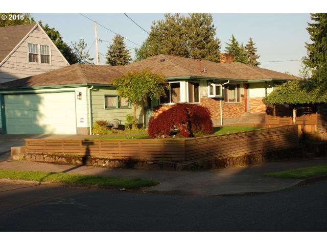 5220 SE Belmont St, Portland, OR