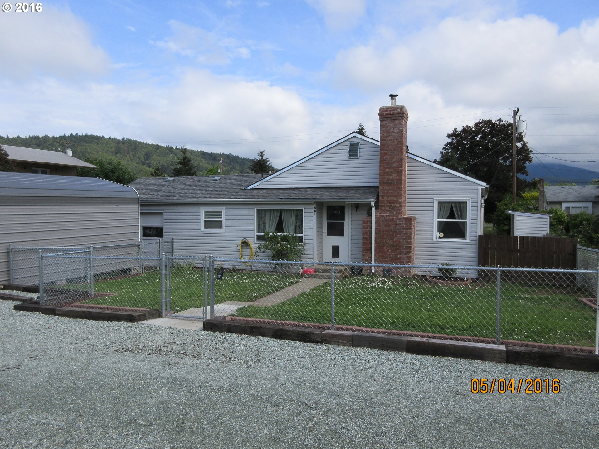 561 E Third Ave, Riddle, OR