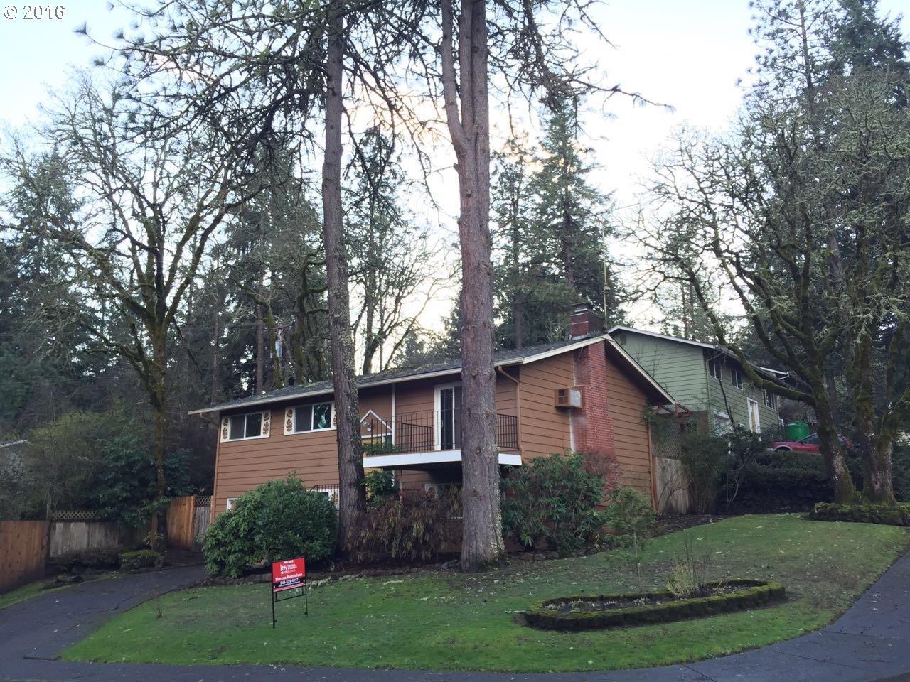 4574 Manzanita St, Eugene, OR
