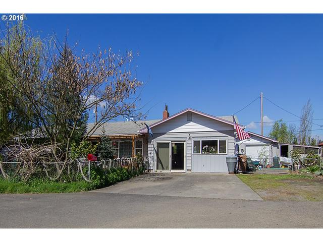 982 E Fourth Ave, Riddle, OR