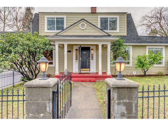 1708 SE Claybourne St, Portland OR 97202