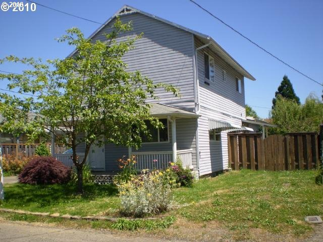 414 S Harrison St, Newberg, OR