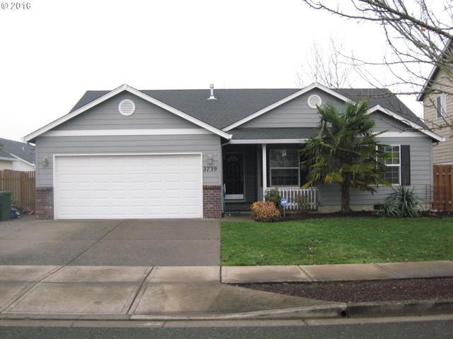 2739 Roanoke St, Woodburn OR 97071