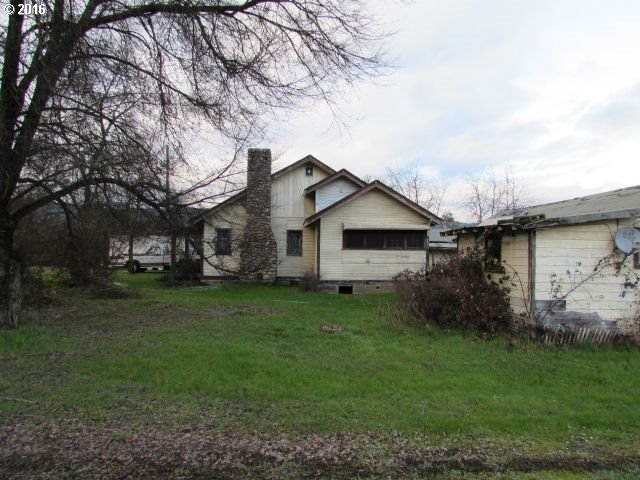 4359 Canyonville-riddle Rd, Riddle, OR