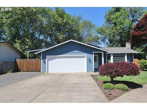 384 69th Pl, Springfield, OR