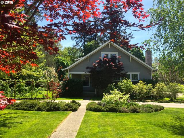 1529 W Main St, Cottage Grove, OR