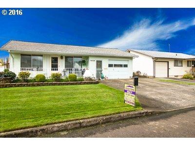 1655 Thompson Rd, Woodburn OR 97071