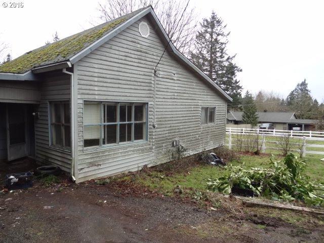 14900 Henrici Rd, Oregon City OR 97045