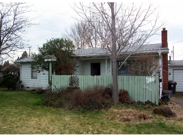 840 Chestnut St, Central Point, OR