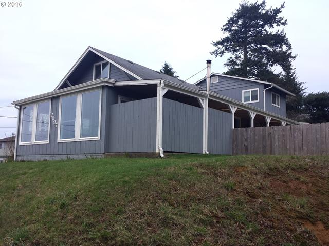 2097 Meade, North Bend OR 97459