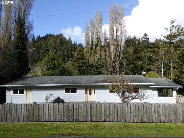94481 Meyers Rd, Gold Beach, OR