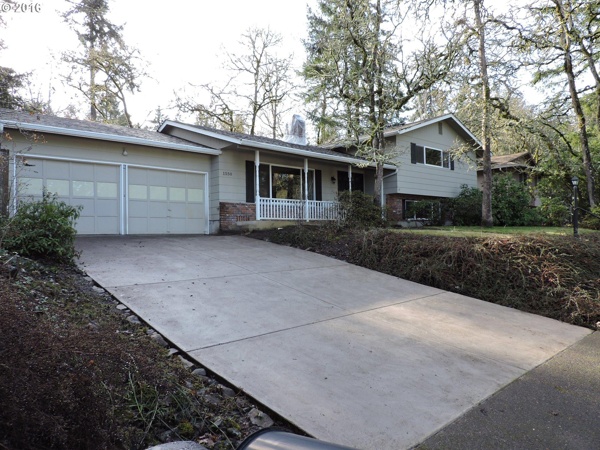 1550 W 28th Pl, Eugene, OR