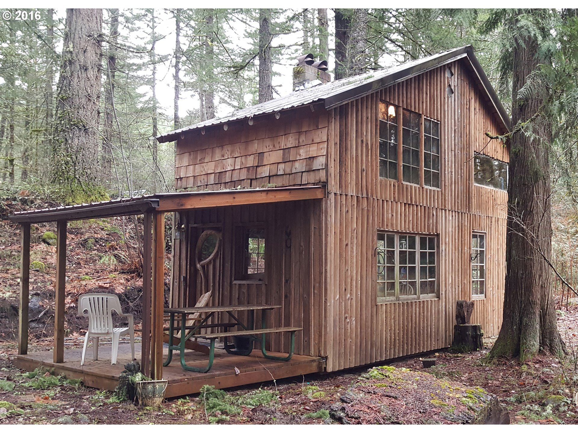 67520 E Roaring River Rd, Rhododendron, OR