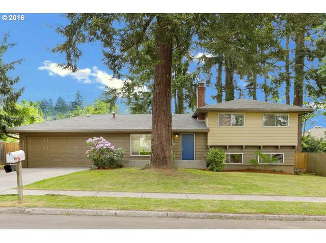 30 SW 104th Ave, Portland OR 97225
