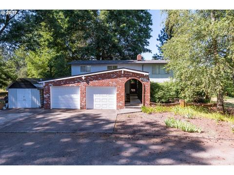 14333 Holly Crest Ln, Oregon City, OR 97045