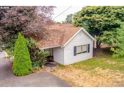 16381 Hunter Ave, Oregon City, OR 97045