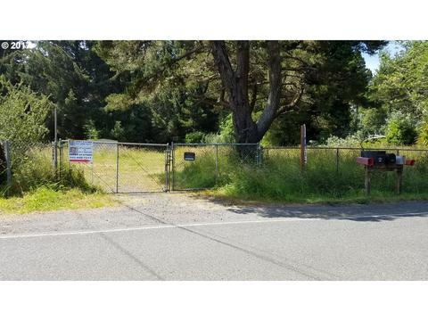 62964 Crown Point Rd, Coos Bay, OR 97420