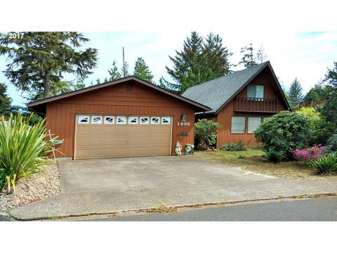1896 W Park Dr, Florence, OR 97439