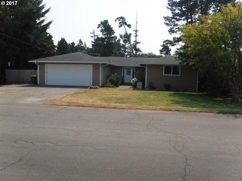 1588 20th St, Florence, OR 97439