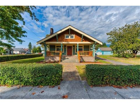 402 Ferry StSedro Woolley, WA 98284