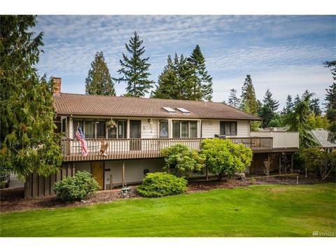 212 Fairway DrSequim, WA 98382