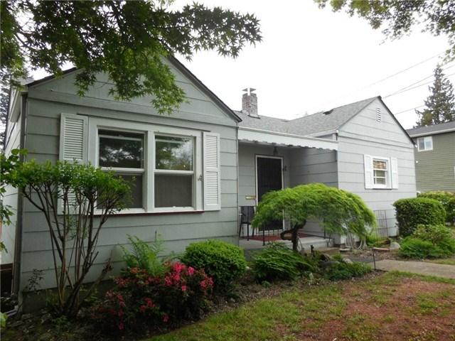 405 S 10th St, Mount Vernon, WA