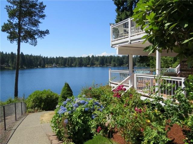 30 E Benson Lake Dr, Grapeview WA 98546