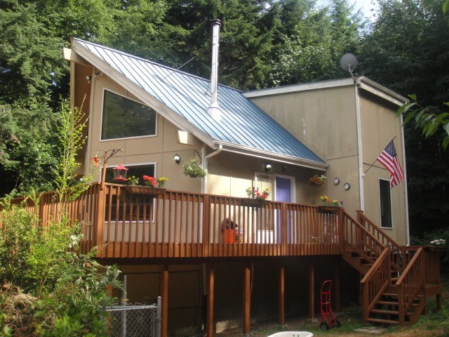 110 E Beach Shore Dr, Shelton, WA