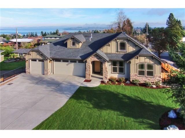 6725 NE East Side Dr, Tacoma, WA
