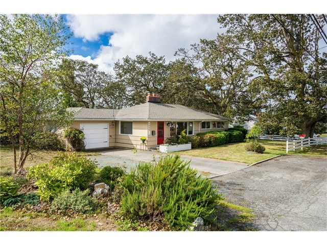 1555 SE 6th Ave, Oak Harbor, WA