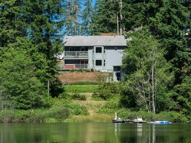 2231 E Trails End Dr, Belfair WA 98528