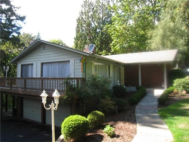 2403 W Lynnwood Dr, Longview, WA
