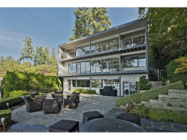 9615 SE 16th St, Bellevue, WA