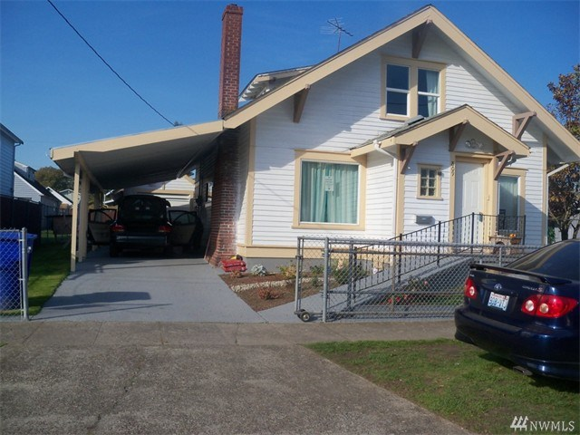 809 S 6th Ave, Kelso, WA