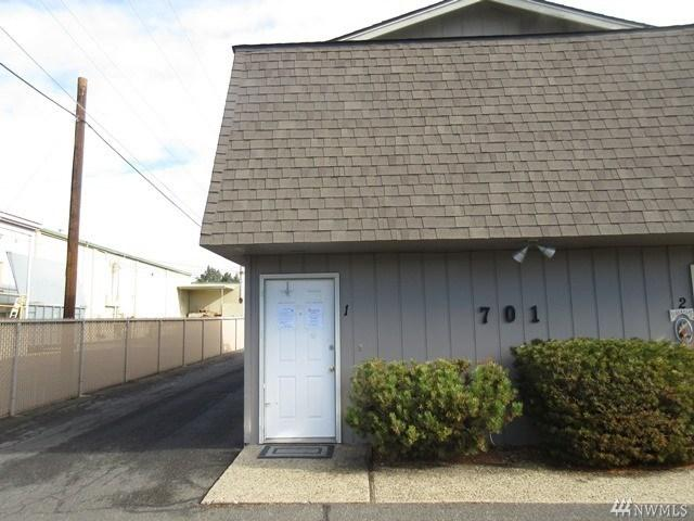 701 S 38th Ave #APT 1, Yakima WA 98902