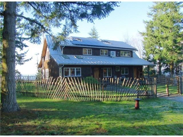 723 Middlepoint Rd, Port Townsend, WA