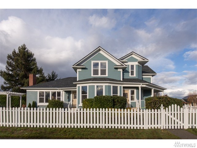 302 S Cherry St, Port Angeles, WA