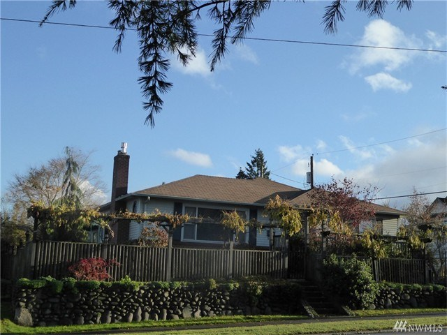 1009 S Lincoln St, Port Angeles, WA