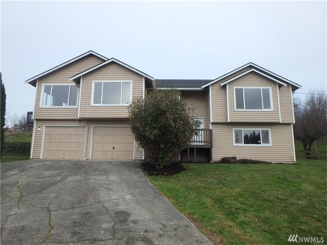 8021 Olympic View Pl, Stanwood, WA