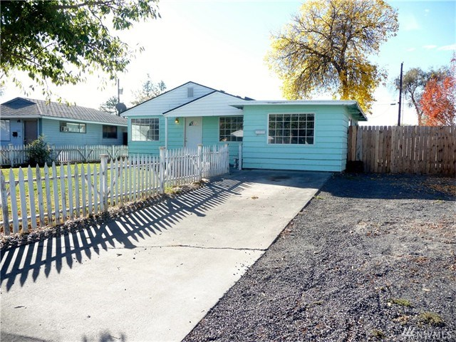 1023 W Oregon St, Moses Lake, WA