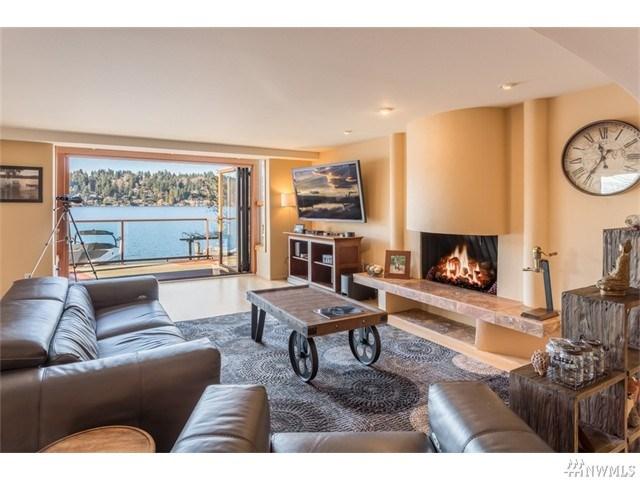 6015 Hazelwood Ln, Bellevue, WA