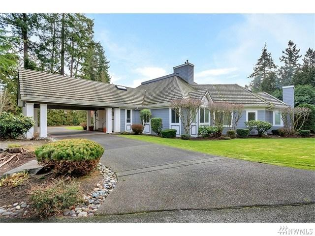 85 Country Club Cir, Lakewood WA 98498