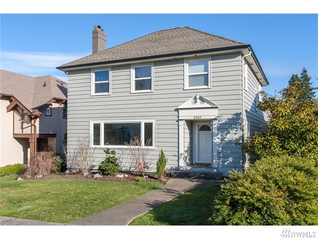 2507 N Starr St, Tacoma, WA