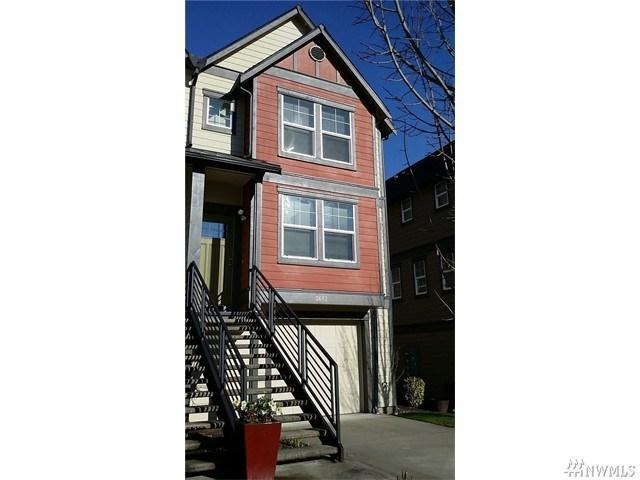 2672 SW Sylvan Heights Dr, Seattle WA 98106